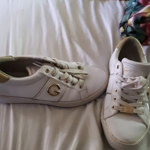 Guess tenny shoes